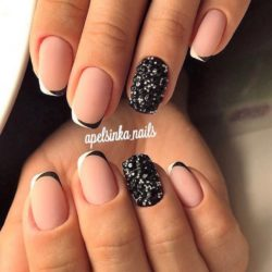 Matte nails by shellac photo