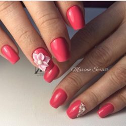 Bright holiday nails photo