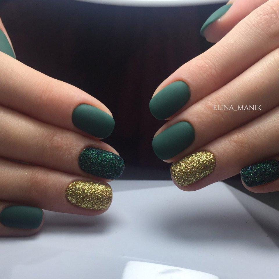 Dark green nails - The Best Images | BestArtNails.com