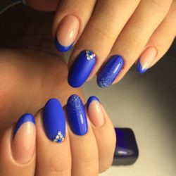 Blue glitter nails photo