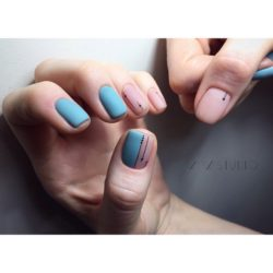 Two-color short nails photo