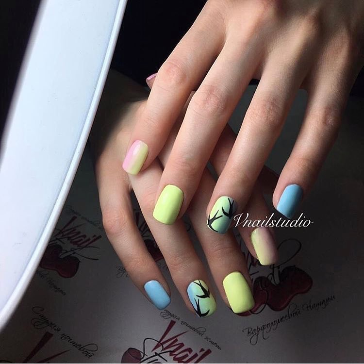 Trendy colorful nails