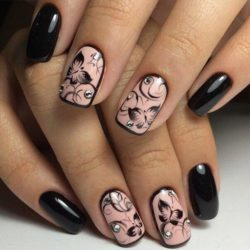 Pattern nails photo