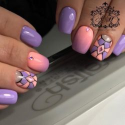 Interesting nails photo
