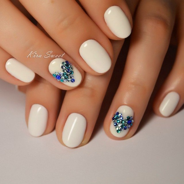 White rhinestone nail art the best images bestartnails white rhinestone nail art photo prinsesfo Images