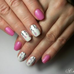 July nails photo