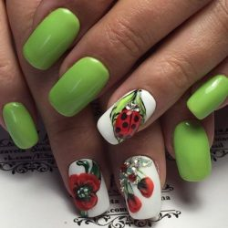 Cheerful nails photo