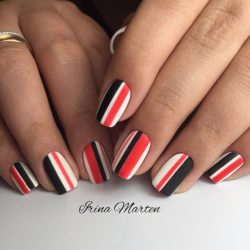 Bold nails photo
