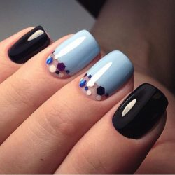 Black and blue nails photo