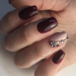 Brown nails photo