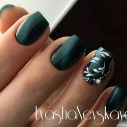 Monogram nails photo