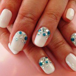 White nails photo