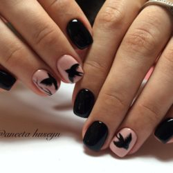 Two-color nails ideas photo