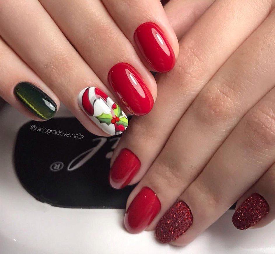 Fashion red nails