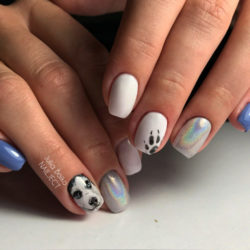 Nails with animals photo