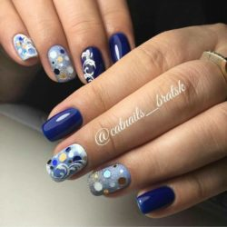 Blue manicure photo