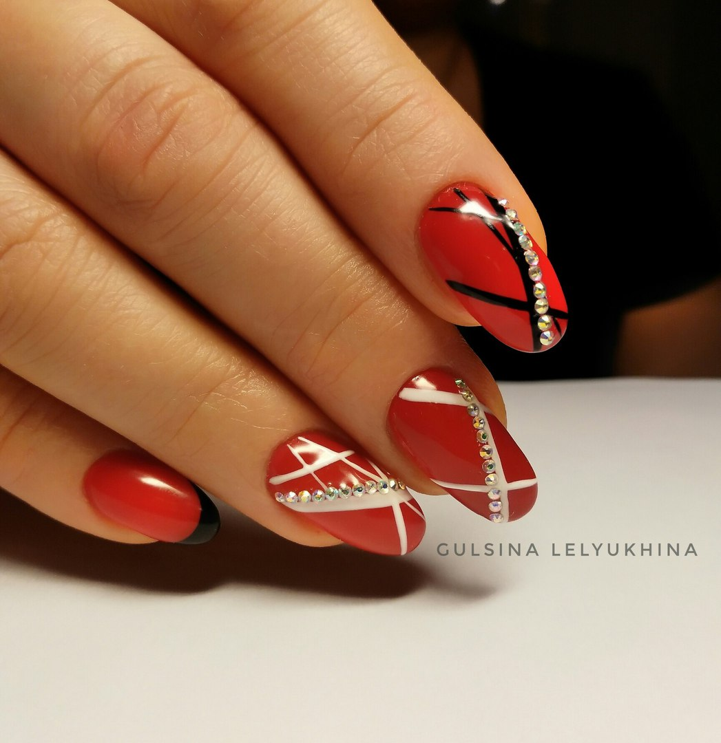 Red Nail Art: Best Nail Art Designs Gallery
