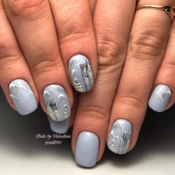Cold nails photo