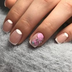 Gel polish nails photo