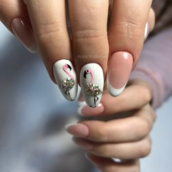 Flamingo nails photo