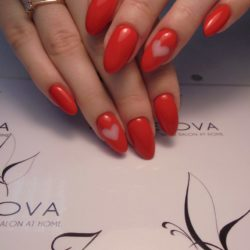 Red dress nails photo
