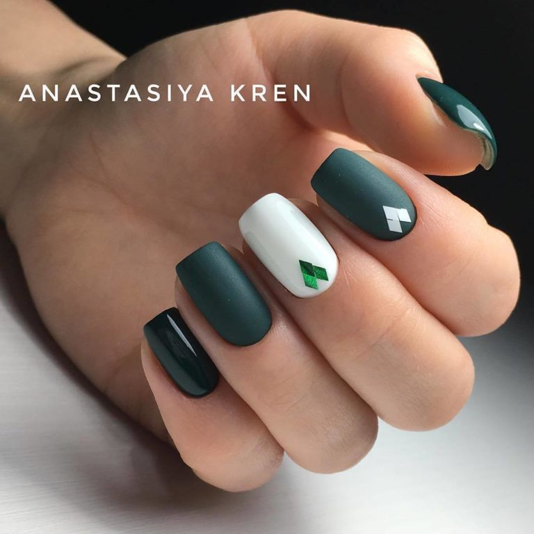 Green and white shellac
