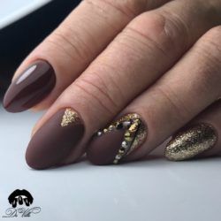 Winter nails photo