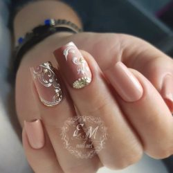Beige nail art photo