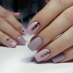 Grey and pink nails photo