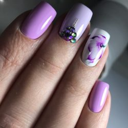 white and purple nails photo