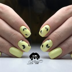 Yellow nails photo