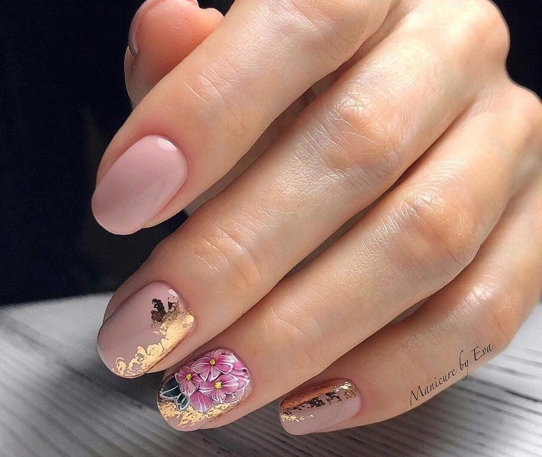 Gold casting nails design
