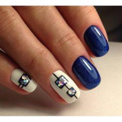 Shimmer nails photo