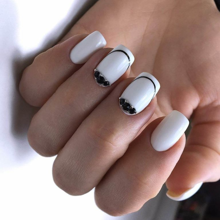 Nails with rhinestones ideas