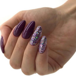 Bright nails photo