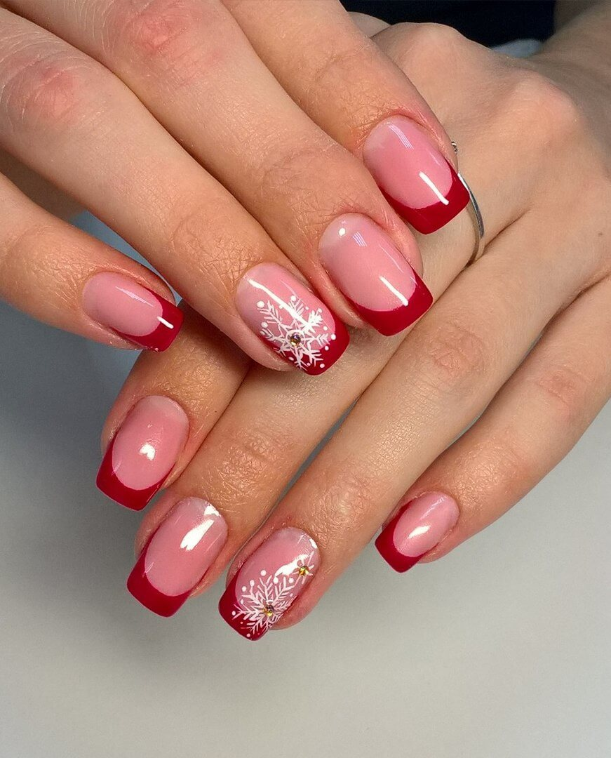 French manicure with pictures