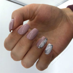 January nails photo