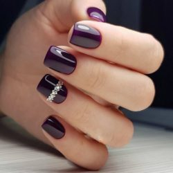 Purple short nails photo