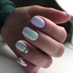 Cheerful nails photo