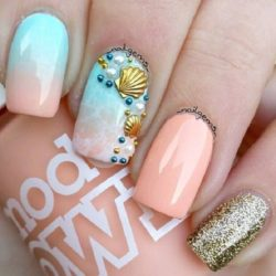 Shell nails photo